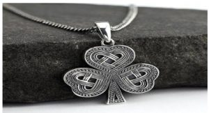 Differences between regular silver jewelry and sterling silver fashion jewelry